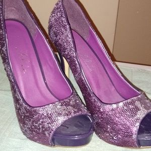Women's Size 9 Purple Sequin Heels